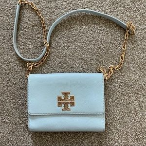Tory Burch Britten Crossbody Chain Wallet Combo
